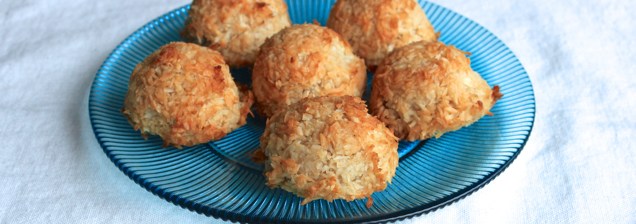 Spiced Coconut Macaroons